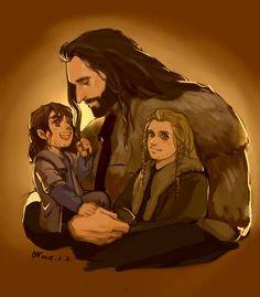 uncle and nephews (Sons of Durin) Tauriel Hobbit, Fili Y Kili, Hobbit Dwarves, Kili And Tauriel, Hobbit Art, O Hobbit, Legolas, Hobbit Hole, Tolkien Books