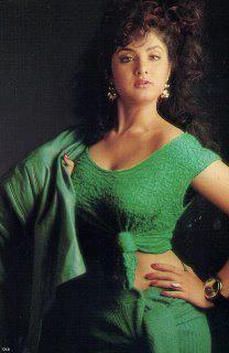 Hot Images Of Actress, Indian Actress Hot Pics, Indian Bollywood Actress, Beautiful Bollywood Actress, Most Beautiful Indian Actress, Vintage Bollywood, Hot Actresses, Indian Actresses, Indian Girl Bikini