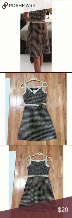 """Ann Taylor Loft - Casual Dress with Tie, Worn once Ann Taylor LOFT – Casual Dress with Tie, sz 2, Worn once   This dress is in excellent condition without stains, marks, holes or defects. It was worn only once, brand NEW condition. It was hemmed. Please see attached pictures.    - Size: 2 (~16.5"""" from armpit to armpit)  - Side zip with closure  - Knee length (~27.5"""" from pit to hem)  - Colors: brown/beige - 100% cotton - Fully lined - Fit and flare style - Very nice detailing - Comes from a…"""