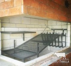 Parrillas e Elevatórios – Puerto Parrilla Wood Grill, Diy Grill, Pizza Oven Outdoor, Outdoor Cooking, Parrilla Interior, Built In Braai, Campfire Grill, Bbq Steak, Backyard Fireplace