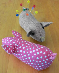 """CLPRAN002 Pig Pincushion - these are the cutest little piggies. Another """"have to make""""  on www.sewhot.co.uk"""