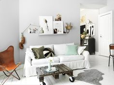 Love the grey wallcolor, Silverpil by Alcro.
