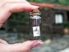 I AM wHEREver you need me. Estoy donde tu me necesites. Mensaje en una botella. Miniaturas. Regalo personalizado. de EyMyMessage en Etsy