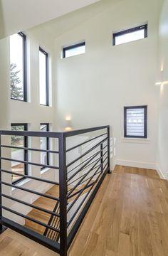 Railing tangga atau balkon dengan model industrial untuk rumah minimalis - info lebih lanjut cek tukangutd.com Modern Staircase Railing, Interior Stair Railing, Balcony Railing Design, Home Stairs Design, Modern Stairs, House Design, Metal Stair Railing, Staircase Ideas, Staircases