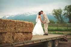 love farm wedding pics. personal for me. love the scenery