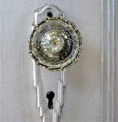 Glass door knobs...yes please!