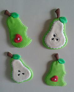 Peras magnéticas para decorar la nevera, elaborados con foamy.