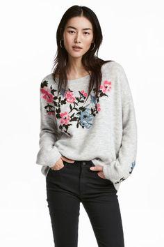 Вязаный джемпер с вышивкой - Светло-серый меланж - Женщины   H&M RU 1