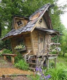 Amazing Shed Plans - cabane et fenetre tordu Now You Can Build ANY Shed In A Weekend Even If You've Zero Woodworking Experience! Start building amazing sheds the easier way with a collection of shed plans! Fairy Houses, Play Houses, Hobbit Houses, Cubby Houses, Dog Houses, Texas Houses, Small Houses, Dream Houses, Crooked House
