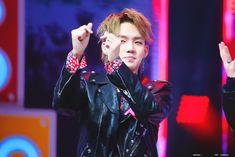 choi hyunsuk (YG Trainee) Yg Trainee, Hyun Suk, Babe, Kim Min, Treasure Boxes, Going Crazy, Ikon, Boy Groups, The Unit