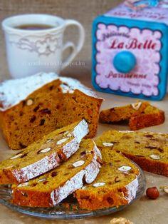 Az otthon ízei: Mogyorós-áfonyás sütőtökkenyér