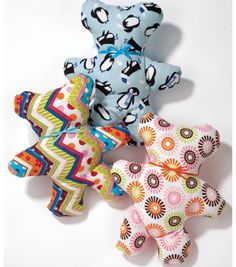 Sew adorable fabric teddy bears!  Makes a cute gift for a baby to snuggle with! #creativitymadesimple