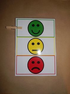 Children's behaviour chart  Simple Peg Traffic Light image 1 Behavior Chart Preschool, Good Behavior Chart, Behavior Chart Printable, Home Behavior Charts, Behavior Chart Toddler, Behavior Board, Classroom Behavior Chart, Preschool Writing, Behaviour Chart