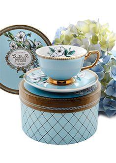 Cristina Re - Peacock Garden Teacup comes in this box