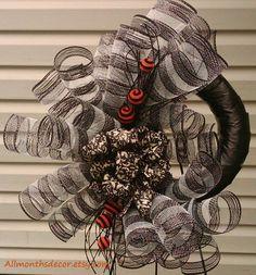 Black and White Spiral Deco Mesh Wreath Striped by AllMonthsDecor Burlap Wreaths, Deco Mesh Wreaths, Camo Wreath, Fall Deco Mesh, Holiday Wreaths, Spiral, Florals, Tutorials, Craft Ideas