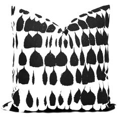 Schumacher Black Queen of Spain Decorative Pillow Cover, Square, Eurosham, Lumbar pillow, Throw Pillow Accent Pillow Black White Pillow by PopOColor on Etsy https://www.etsy.com/listing/495598567/schumacher-black-queen-of-spain