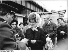 Passport checks at the Oberbaumbrücke crossing, Berlin, border point of East and West Germany, 1972, photograph by Rainer Mittelstädt.