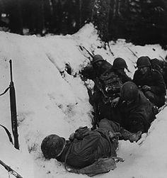 Americans surrounded near Bastogne.