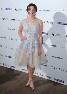 Pin for Later: Best Dressed: Die schönsten Looks der ganzen Woche Maisie Williams in Narces