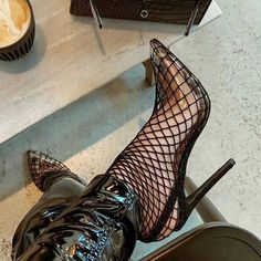 Fashionable shoe boutique, selling trendy shoes to fashion forward girls without breaking the bank! Check out the most wanted shoes. Stilettos, Pumps, Hot High Heels, Sexy Heels, Shoe Boots, Shoes Heels, Shoes Sneakers, Mode Shoes, Shoe Boutique