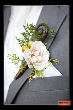 Boston Wedding Photography, Wedding Flowers, Wedding Florals, Bridal Bouquet, Wedding Boutonniere