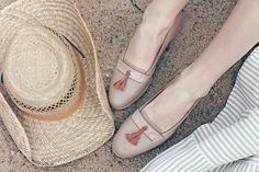 Mokasynki w kolorze piaskowym; Projektant: Aga Prus; Wartość: 1200 zł Poczucie wygody i komfortu: bezcenne. Powyższy materiał nie stanowi oferty handlowej