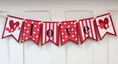scrapbooking idea for love banner ♥