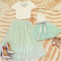 90 Trend Mommy And Me Outfits 2017 Mommy And Me Dresses, Mommy And Me Outfits, Girl Outfits, Cute Outfits, Matching Outfits, Mother Daughter Pictures, Mother Daughter Outfits, Mom Daughter, Mom And Daughter Matching
