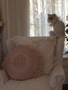 Rachael Ashwell's petticoat pillow & Chloe