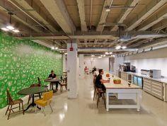 Motorola Mobility Office by Gensler - Office Snapshots