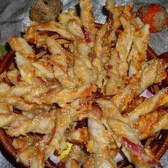 Egy finom Baconos csavart tészta ebédre vagy vacsorára? Baconos csavart tészta Receptek a Mindmegette.hu Recept gyűjteményében!