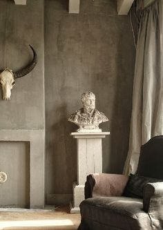 A House Romance: French-Flemish Design  Pure and Original Lime Paint