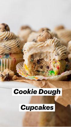 Fun Baking Recipes, Cupcake Recipes, Sweet Recipes, Dessert Recipes, Fun Desserts, Delicious Desserts, Yummy Food, Tasty, How Sweet Eats