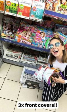Zoella Style, Zoe Sugg, British Youtubers, Favorite Person, My Best Friend, Shelf Inspiration, Pure Products, Celebs, Celebrities