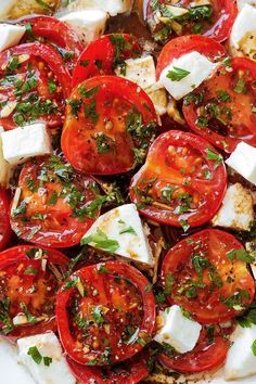 Tomatoes with Mozzarella Marinated Tomatoes – A perfect hors d'oeuvre full of fresh summer flavors!Marinated Tomatoes – A perfect hors d'oeuvre full of fresh summer flavors! Mozzarella Salat, Mozzarella Chicken, Tomato Basil Mozzarella, Tomato Basil Salad, Asparagus Salad, Caprese Salad Cherry Tomatoes, Tomato Mozzarella Basil Salad, Tomato Caprese, Healthy Broccoli Salad