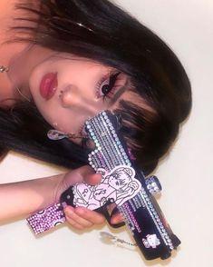 Bad Girl Aesthetic, Aesthetic Makeup, Aesthetic Grunge, Pink Aesthetic, Grunge Look, Grunge Girl, 90s Grunge, Chicas Punk Rock, Emo Princess