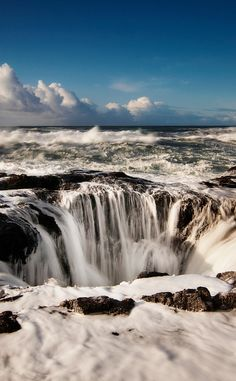 Thor's Well - Cape Perpetua | Travel | Vacation Ideas | Road Trip | Places to Visit | OR | Scenic Point | Natural Feature