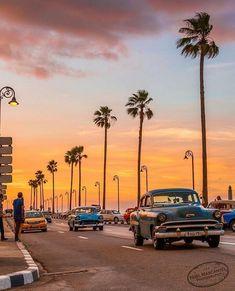 I Photographed The Magic Pink Lagoon In Western Australia Havana Beach, Havana Cuba, Varadero, Cienfuegos, Cuba Photography, Cuba Beaches, Going To Cuba, Great Buildings And Structures, Modern Buildings
