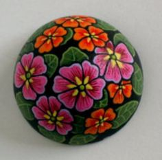 Rock Painting, Painting On Wood, Stone Crafts, Pebble Art, Stone Art, Crochet Flowers, Rock Art, Painted Rocks, Bobbed Haircuts