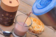 Horúca čokoláda povzbudí náladu - Páni v najlepších rokoch Nutribullet, Glass Of Milk, Ale, Kitchen Appliances, Drinks, Food, Diy Kitchen Appliances, Beer, Home Appliances