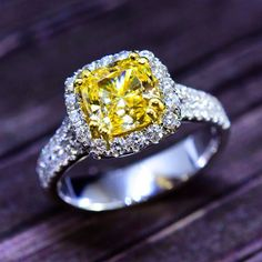 Would you rock this fancy yellow, cushion-cut diamond? Start customizing your version of this engagement ring today
