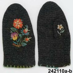 Made by Berta Edgren, estimated time of production Lenght 18 cm, width cm. Swedish Embroidery, Beaded Embroidery, Hand Embroidery, Learn To Crochet, Knit Crochet, Textiles, Wrist Warmers, Fabric Manipulation, Diy Accessories