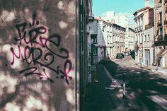 https://flic.kr/p/Am8Cx6   Street of Saint-Etienne   Street of Saint-Etienne Nikon d800 Nikkor 28-105mm 1:3.5-4.5D Saint-Étienne, France Saint-Étienne, France #streetphotography #street #nikon #graffiti #perspective #urban #SaintEtienne #Sainté #StEtienne
