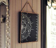 Eva Lubart - Peinture sur bois - Mandala noir et blanc