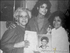Michael Jackson Photo: Michael With His Mother And Maternal Grandmother, Martha Upshaw