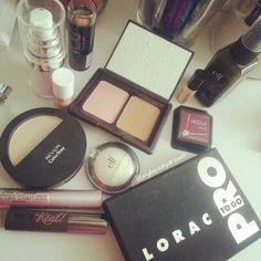 Makeup of the day. #makeup #motd #fotd #makeupmess #makeupporn #elf #primer #blush #bronzer #benefit #hoola #hoolabronzer #mini #sample #revlon #highlight #lorac #loracprotogo #protogo #eyeshadow #palette #theyrereal #toofaced #betterthansex #mascara #maybelline