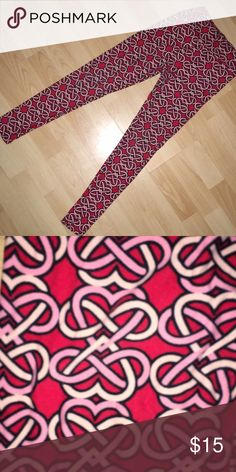 Lowest price- Lularoe Infinity heart  leggings Red background infinity heart Lularoe size tween leggings. worn once, good condition. Great for Valentine's Day! LuLaRoe Bottoms Leggings