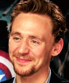 1) Show your teeth and close your eyes: | Community Post: The Ultimate Cure For Depression By Tom Hiddleston