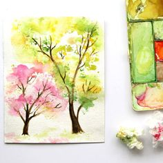 Easy and fun tutorial on how to paint a beautiful spring tree watercolor painting using crumbled paper! Follow the video tutorial. No art experience needed!