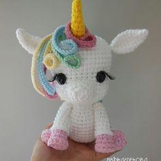 Mesmerizing Crochet an Amigurumi Rabbit Ideas. Lovely Crochet an Amigurumi Rabbit Ideas. Crochet Unicorn Pattern, Crochet Patterns Amigurumi, Amigurumi Doll, Crochet Dolls, Crochet Diy, Crochet Gifts, Pinterest Crochet, Crochet Mignon, Unicorn Stuffed Animal
